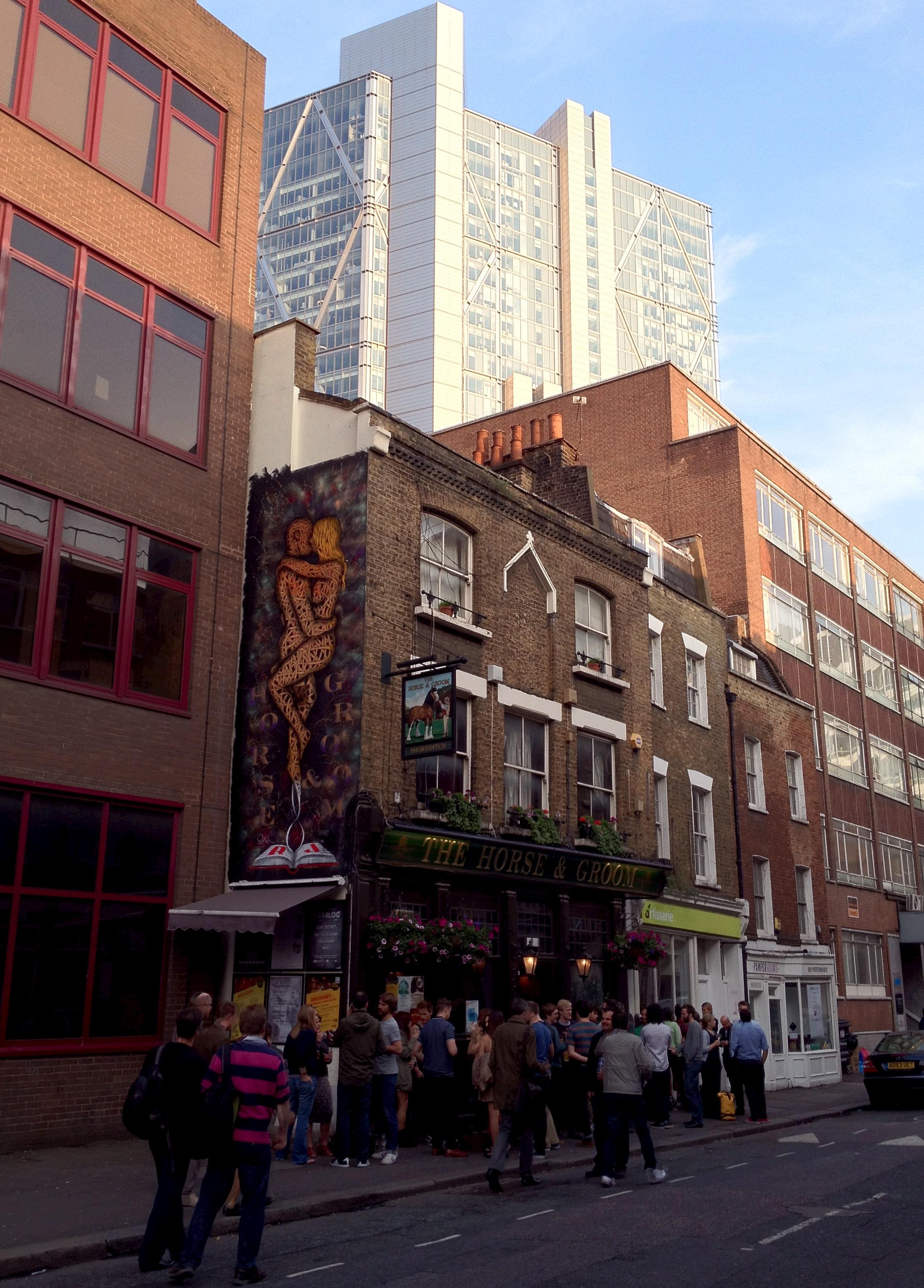 Shoreditch London: London Pub Crawls